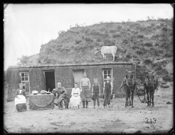 nebraska-homesteaders-1